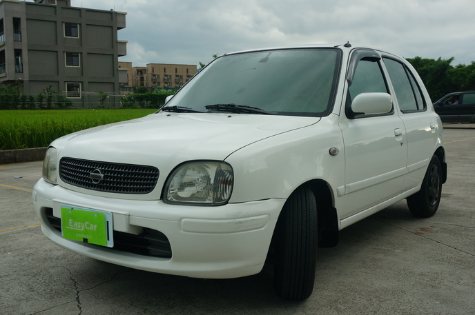 2003 Nissan March